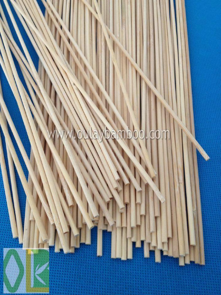 Best 40cm Garden Bamboo Flower Sticks Green Dyed Bamboo Canes